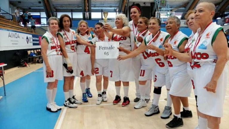 Equipo femenino de basquetbol