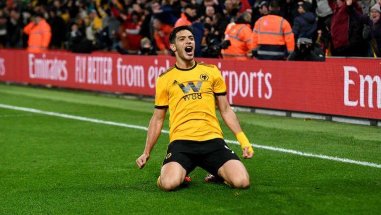 Jiménez festeja un gol con el Wolverhampton
