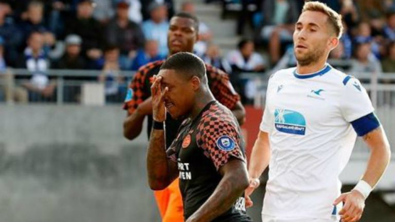 Steven Bergwijn celebra su gol ante el FK Haugesund