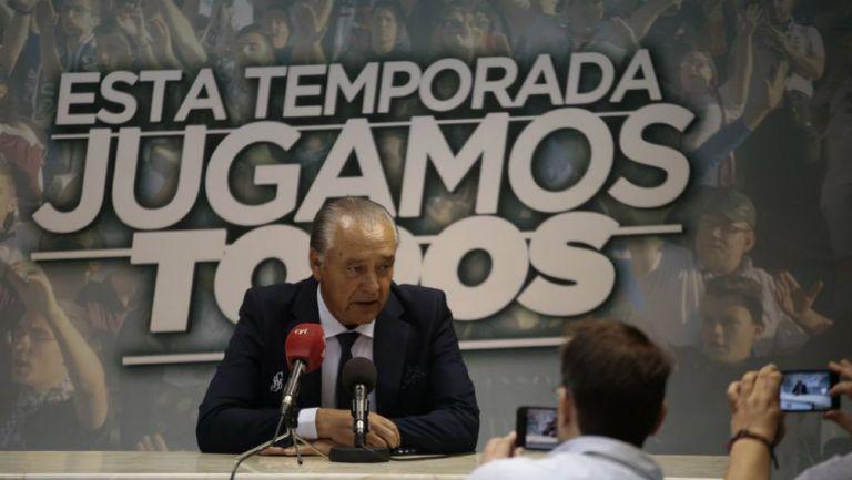 José Luis Trejo atiende a los medios como técnico del Salamanca
