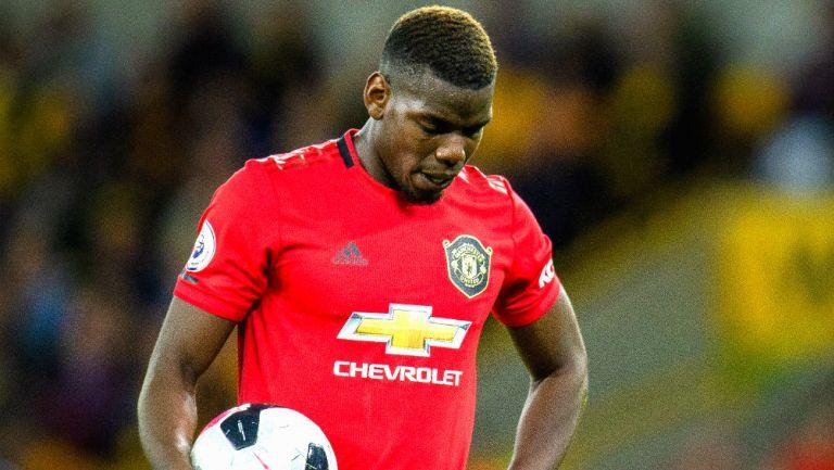 Paul Pogba en lamento tras fallar un penalti vs Wolverhampton