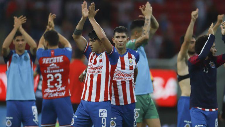 Necaxa logró un gran triunfo de visita frente a las Chivas