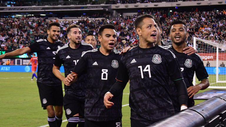 Selección Mexicana celebra un gol frente a Estados Unidos