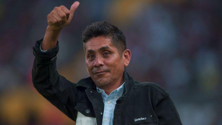 Jorge Campos durante el partido de despedida de Rafa Márquez