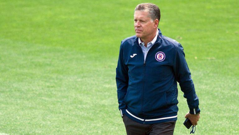 Ricardo Peláez durante una práctica de Cruz Azul