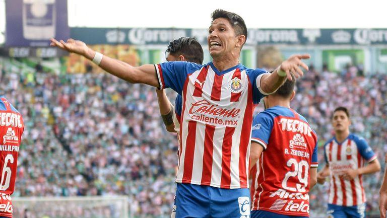 Jesús Molina en un partido de Chivas