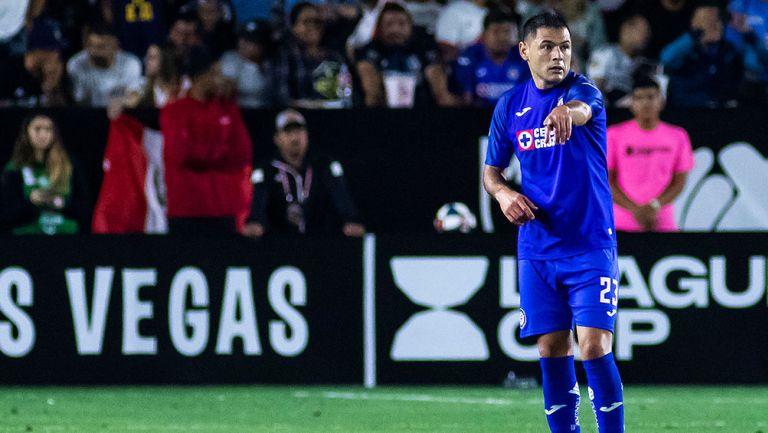 Pablo Aguilar, en juego de Cruz Azul