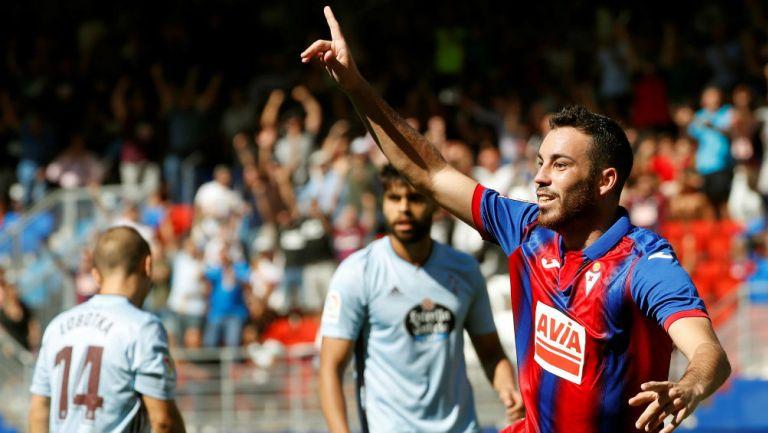 Eduardo Expósito festeja su gol ante el Celta