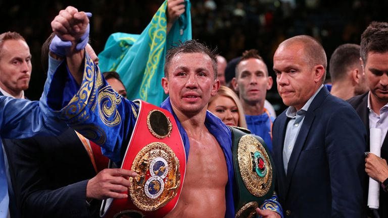 Gennadiy Golovkin celebra victoria contra Derevyanchenko