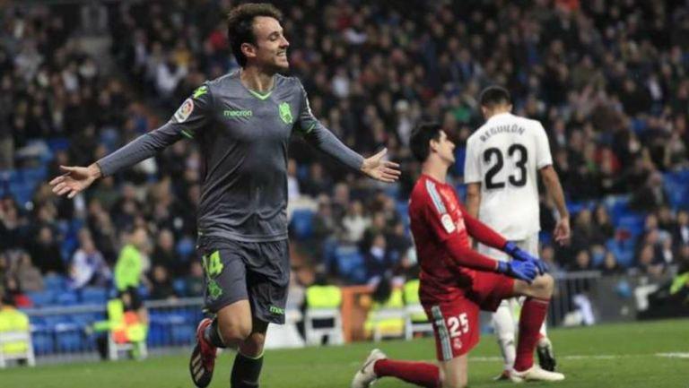Rubén Pardo celebrando una anotación con Real Sociedad