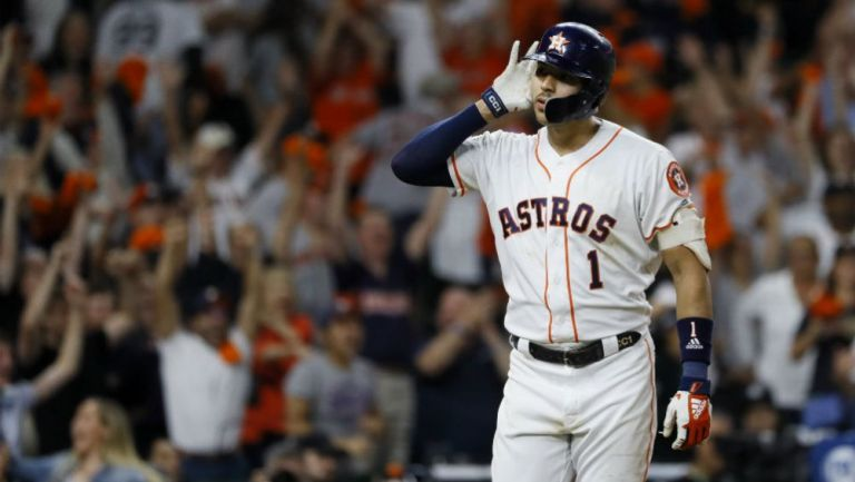 Carlos Correa en el juego 2 de entre Astros y Yankees