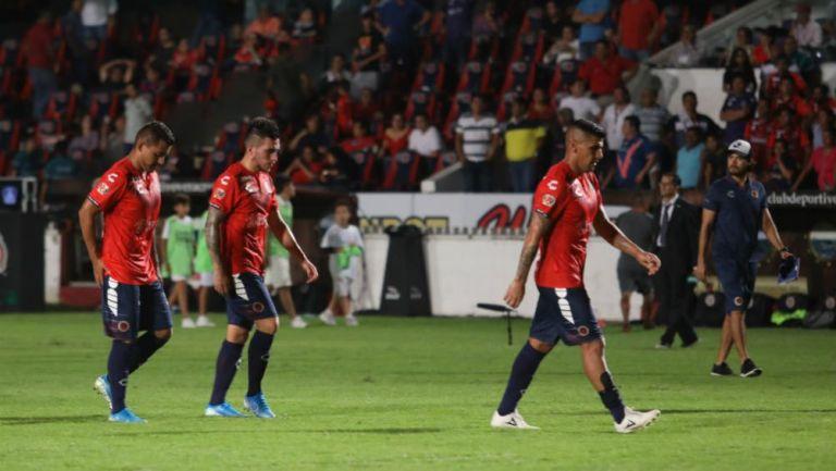 Jugadores del Veracruz, en lamento tras partido