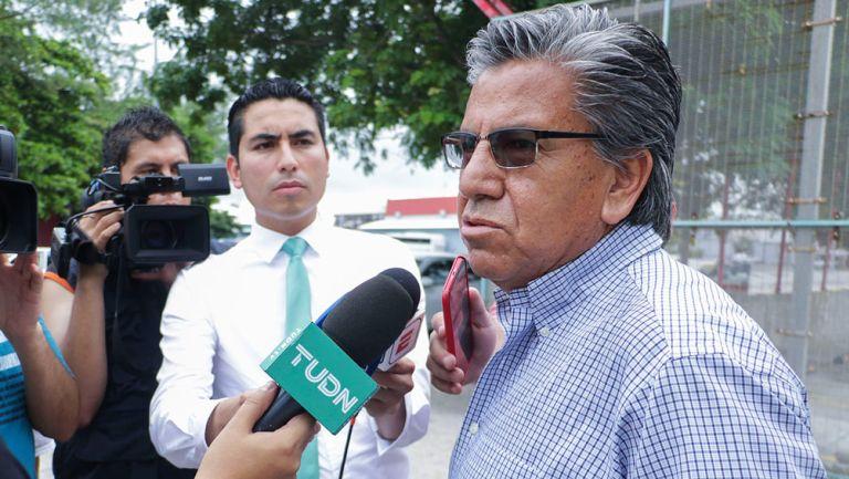 Raúl Arias habló ante los medios de comunicación