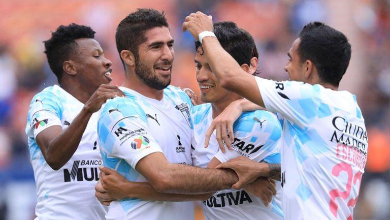 Jair Pereira festeja su gol ante San Luis