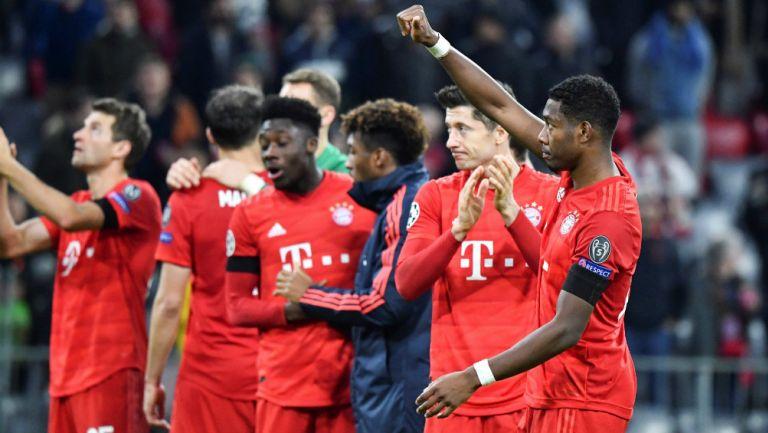 Bayern celebra su calificación a los 8vos de Final