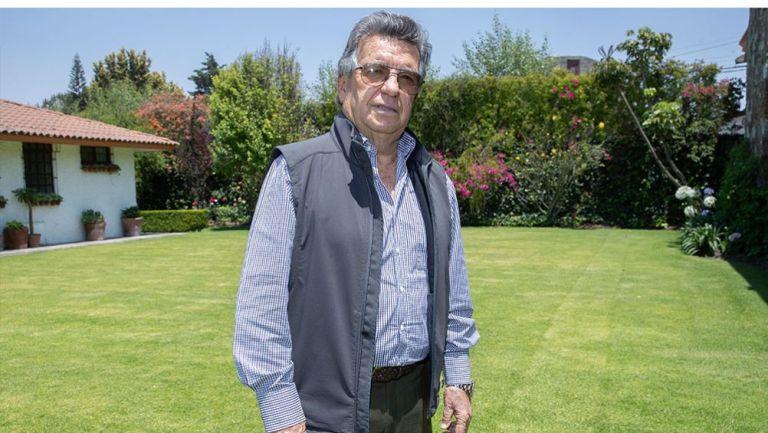 Emilio Maurer posa para la lente de RÉCORD