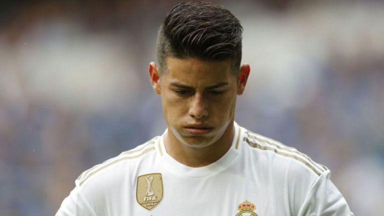 James Rodríguez, cabizbajo en un juego del Real Madrid