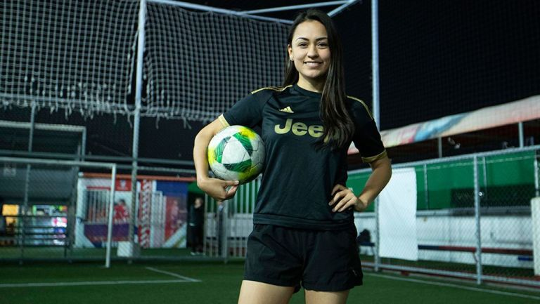 Liliana Orozco es una enamorada del futbol