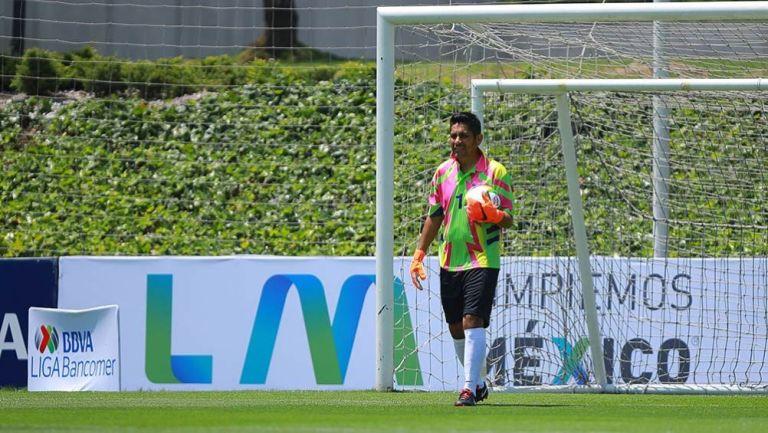 Jorge Campos, durante un partido