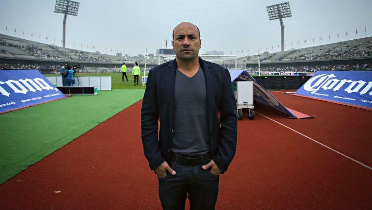 Ailton Da Silva en el Estadio Olímpico Universitario