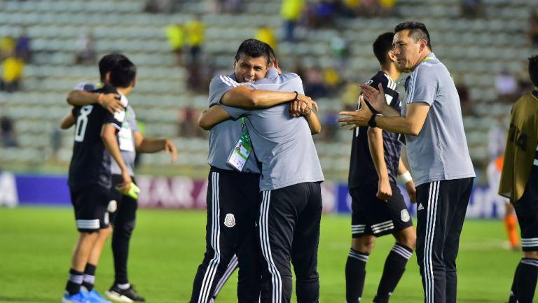 José Antonio Ruíz después del partido entre México Sub 17 y Holanda Sub 17