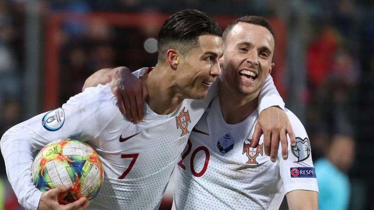 Cristiano festeja con Portugal