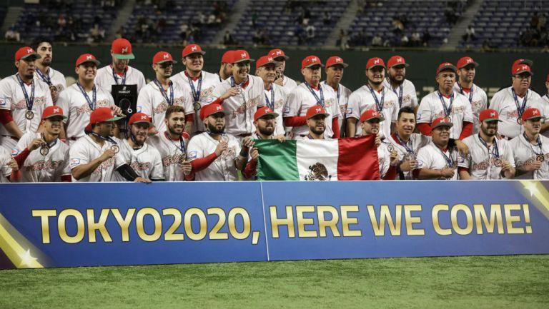 Selección Mexicana de beisbol tras conseguir su boleto a Tokio 2020