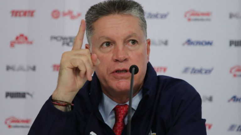 Peláez en su presentación con el Guadalajara