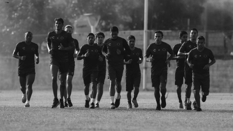 Jugadores del Veracruz en el último entrenamiento del equipo el jueves