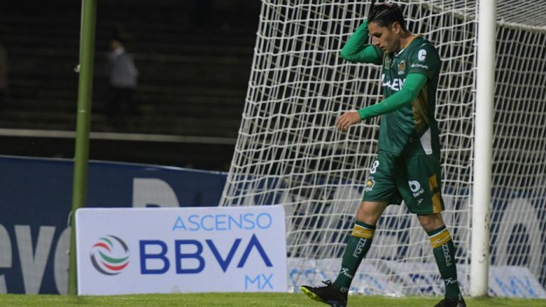 Diego Emilio Martínez, expulsado en un partido