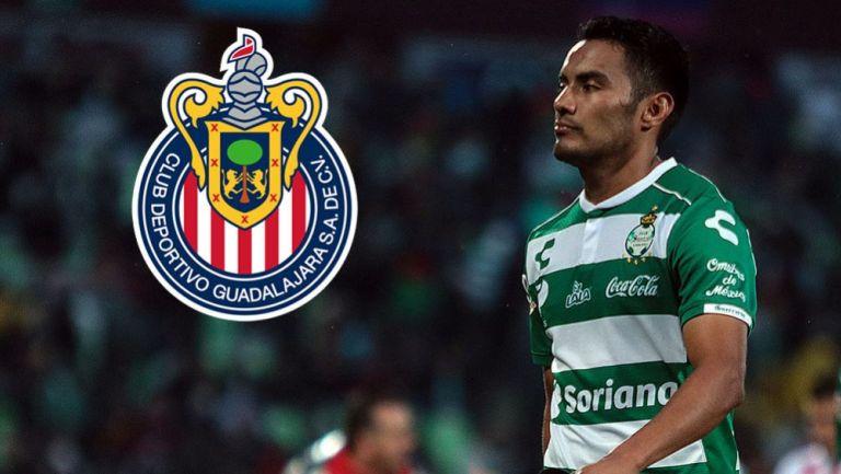 José Juan Vázquez en un juego con Santos