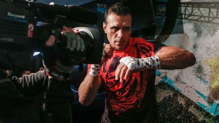 Alberto Rodríguez 'El Patrón previo a su combate en MMA