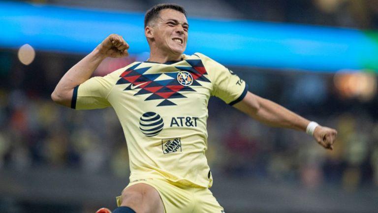 América compra a Federico Viñas y lo asegura hasta 2024; el charrúa ha marcado ocho goles desde su llegada al equipo
