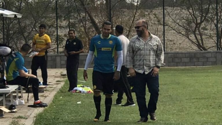 Gullit Peña estaría a prueba con los Dorados de Sinaloa