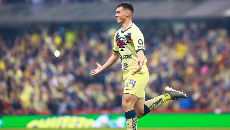 Federico Viñas celebrando un gol ante con América