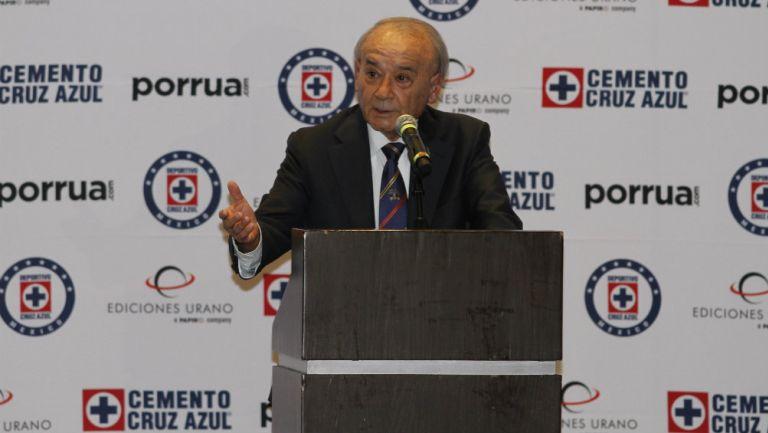 Cruz Azul: Billy Álvarez durante un evento