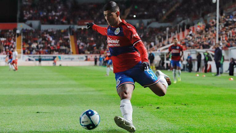Guzmán en su único partido con Chivas, el amistoso vs Necaxa