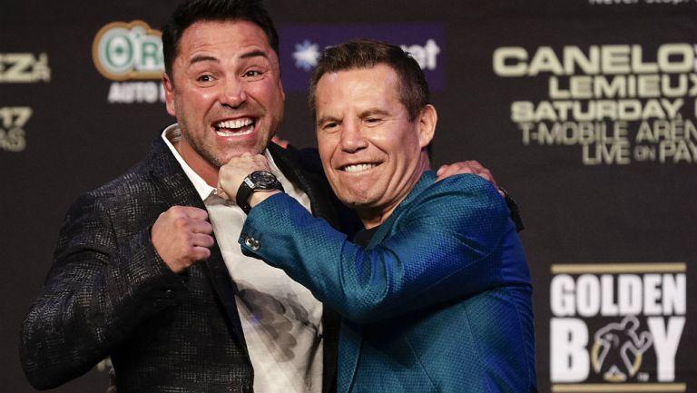 Julio César Chávez y Óscar de la Hoya, exboxeadores