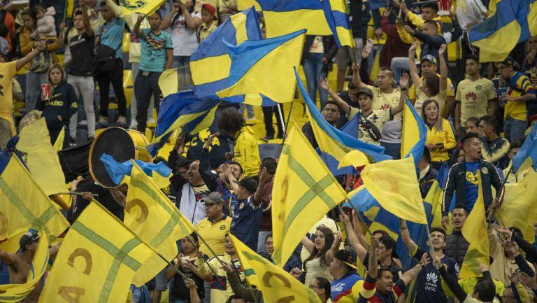América: Aficionados del club durante un partido