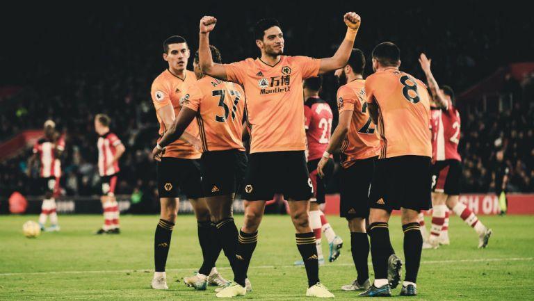 Raúl Jiménez agradeció a su equipo convertirse el máximo goleador del Wolverhampton