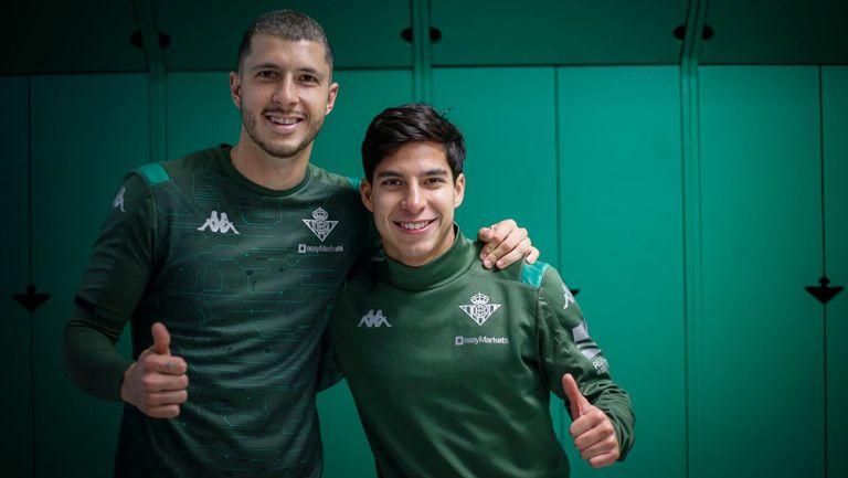 Guido y Lainez posan para la fotografía