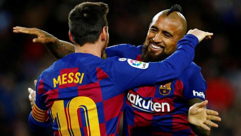 Messi y Vidal festejan gol