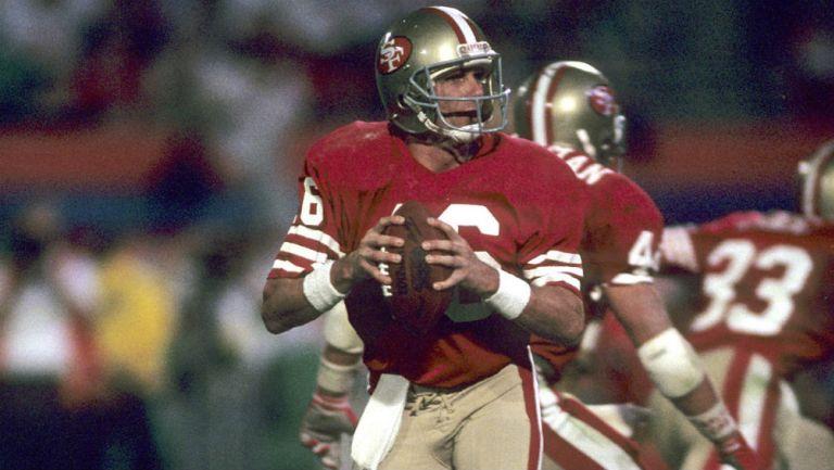 Joe Montana durante un juego con los 49ers
