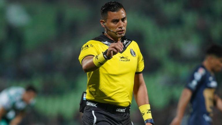 Brian Omar González en el Santos vs Pumas