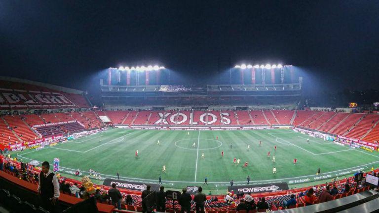 El Estadio Caliente se viste de gala para recibir a los azulcremas