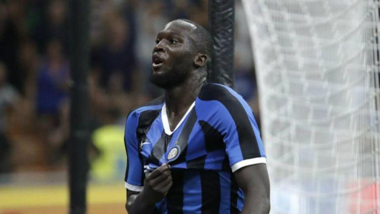 Romelu Lukaku celebrando una anotación con Inter de Milan