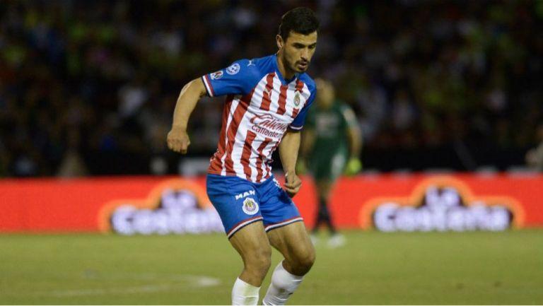 Alanís en partido con Chivas