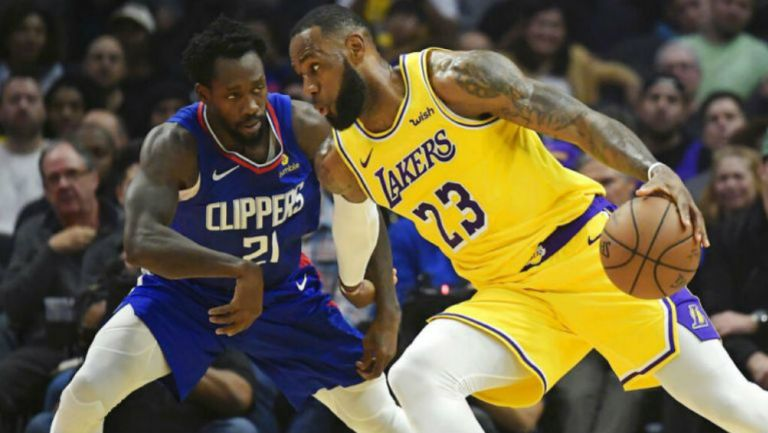 LeBron James en choque contra los Clippers