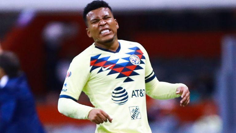 Roger Martínez durante el partido con América