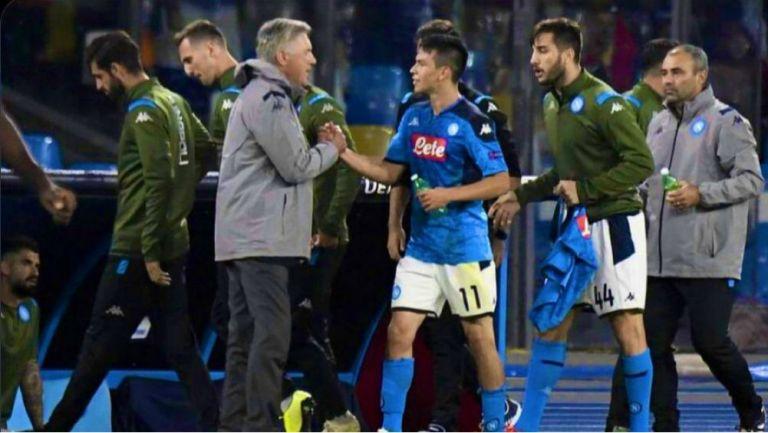 Ancelotti e Hirving Lozano en un partido con Napoli